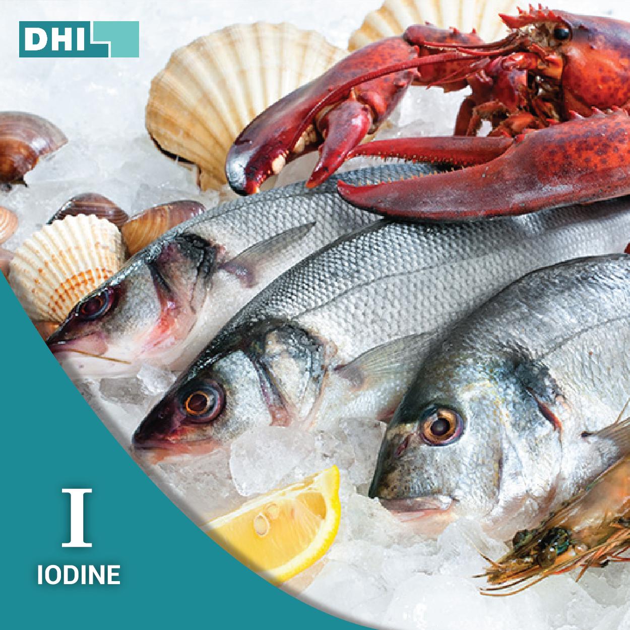 O Iodine participa ativamente na reconstrução e crescimento de cabelo e unhas. O peixe e os frutos do mar são alimentos ricos em iodine. Previna a calvicie atraves da alimentação http://www.dhi.pt/blog/2015/5/26/previna-a-calvicie-atraves-da-alimentacao