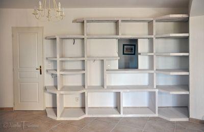 biblioth que en siporex avec vitrail fin du gros oeuvre. Black Bedroom Furniture Sets. Home Design Ideas