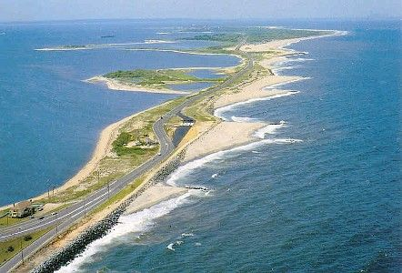 Sandy Hook New Jersey Huge Beaches Trails For Walking And Biking A Cute Restaurant Overlooking The Ocean