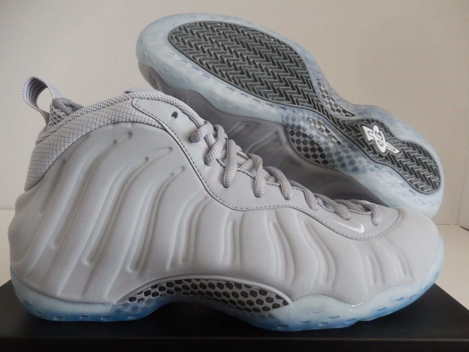 Nike Air Foamposite One PRM