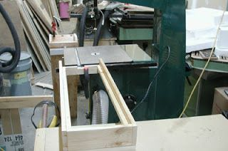 My Adventures in Woodworking: Bandsaw log sled and resaw fence for any bandsaw