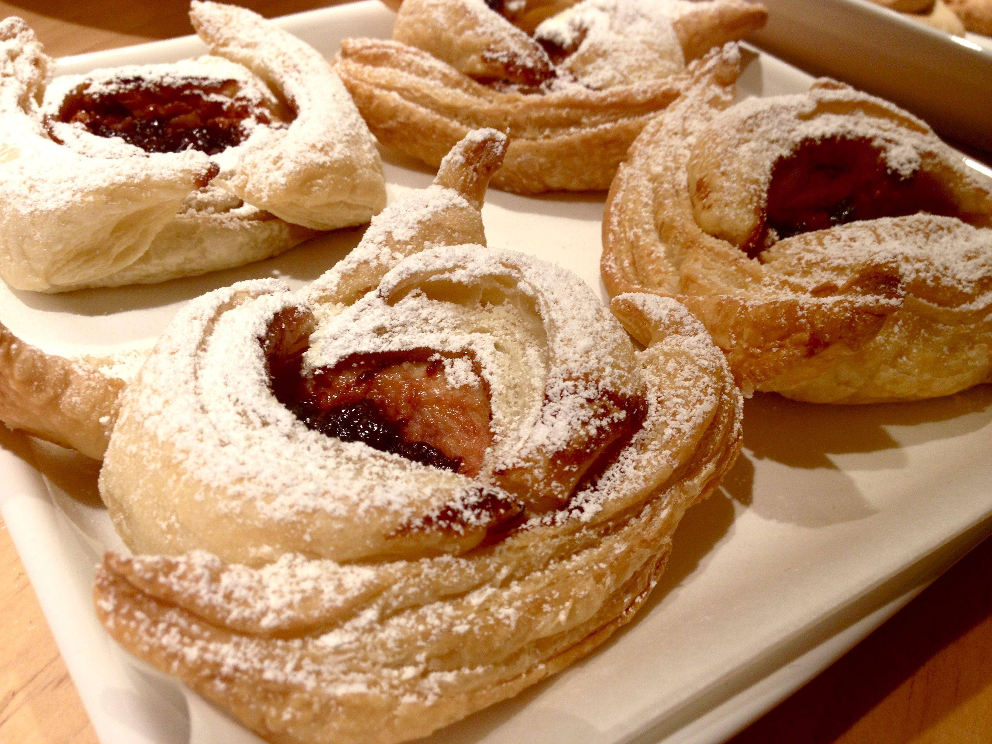 Strawberry cheesecake pastry... yumm