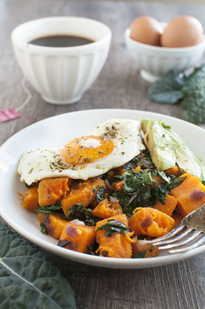 3. Kale and Butternut Squash Breakfast Bowls #butternut #squash #recipes http://greatist.com/eat/butternut-squash-recipes-31-ways-to-enjoy-it-at-every-meal