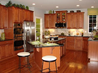 Scottsdale Maple Cognac Timberlake Cabinets~this photo is ...