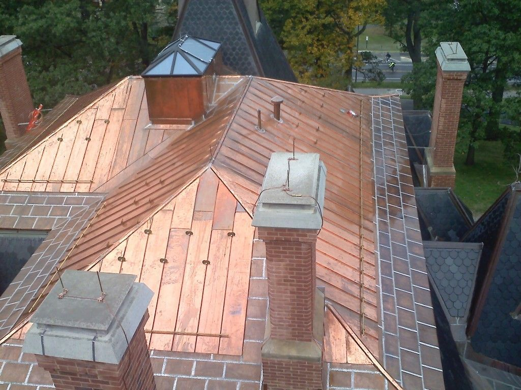 Copper Roof Cost And Pros And Cons Copper Roofs For Homes Home Remodeling Costs Guide Roofingguide Copper Roof Remodeling Costs Cool Roof