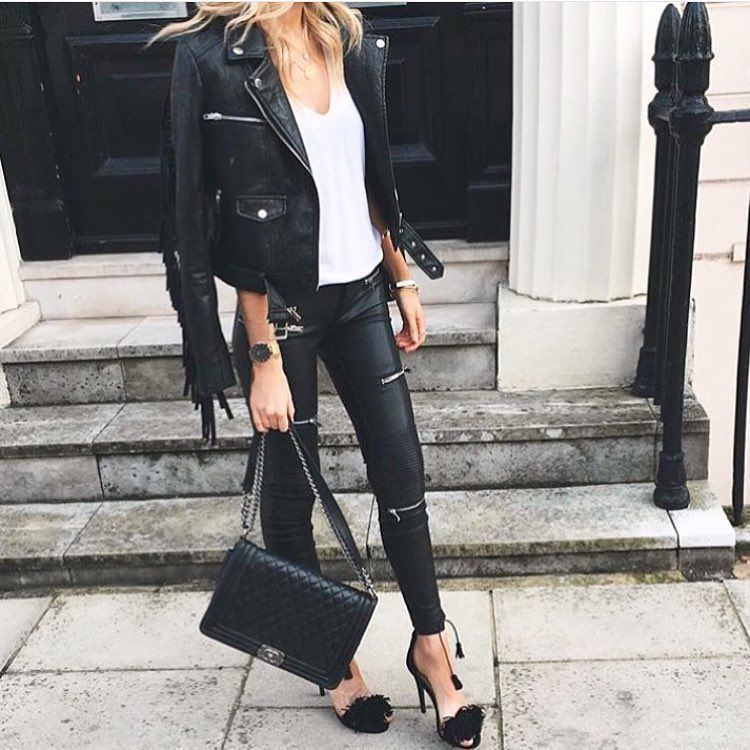 See this Instagram photo by @professionalstyletherapist • 26 likes
