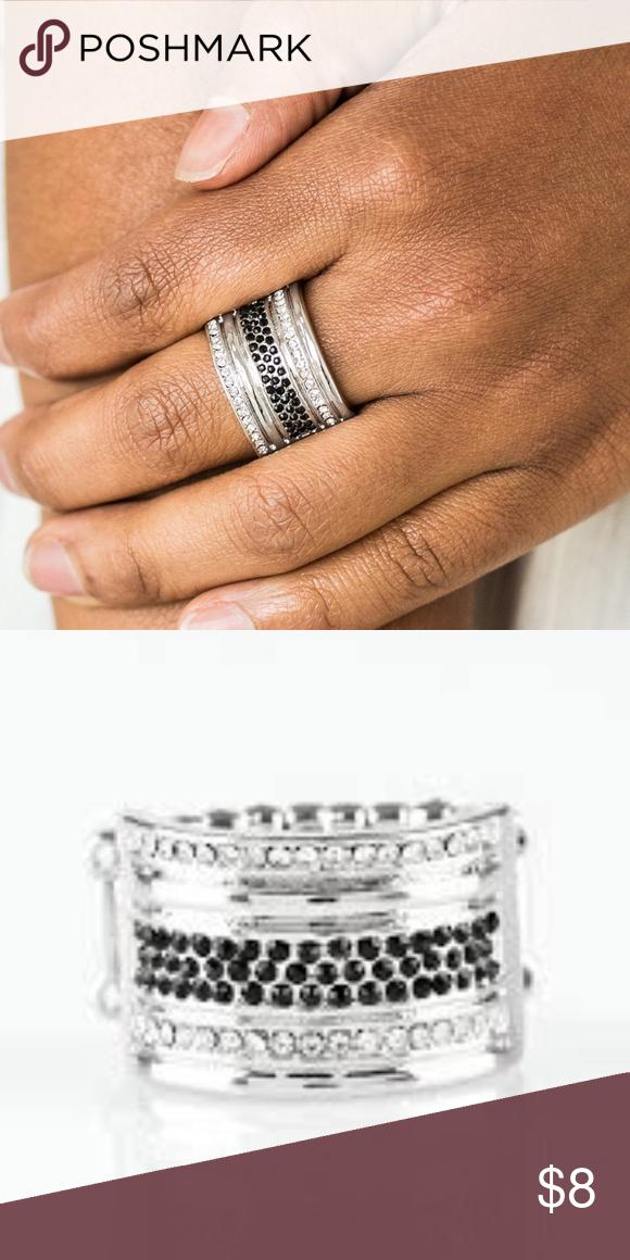 Top Dollar Drama Black Stretchy Ring Clothes Design White Rhinestone Stretchy Rings