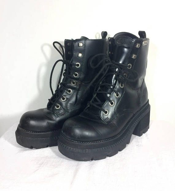 ab916f4662d 10 vintage black leather Candies chunky 90 s platform