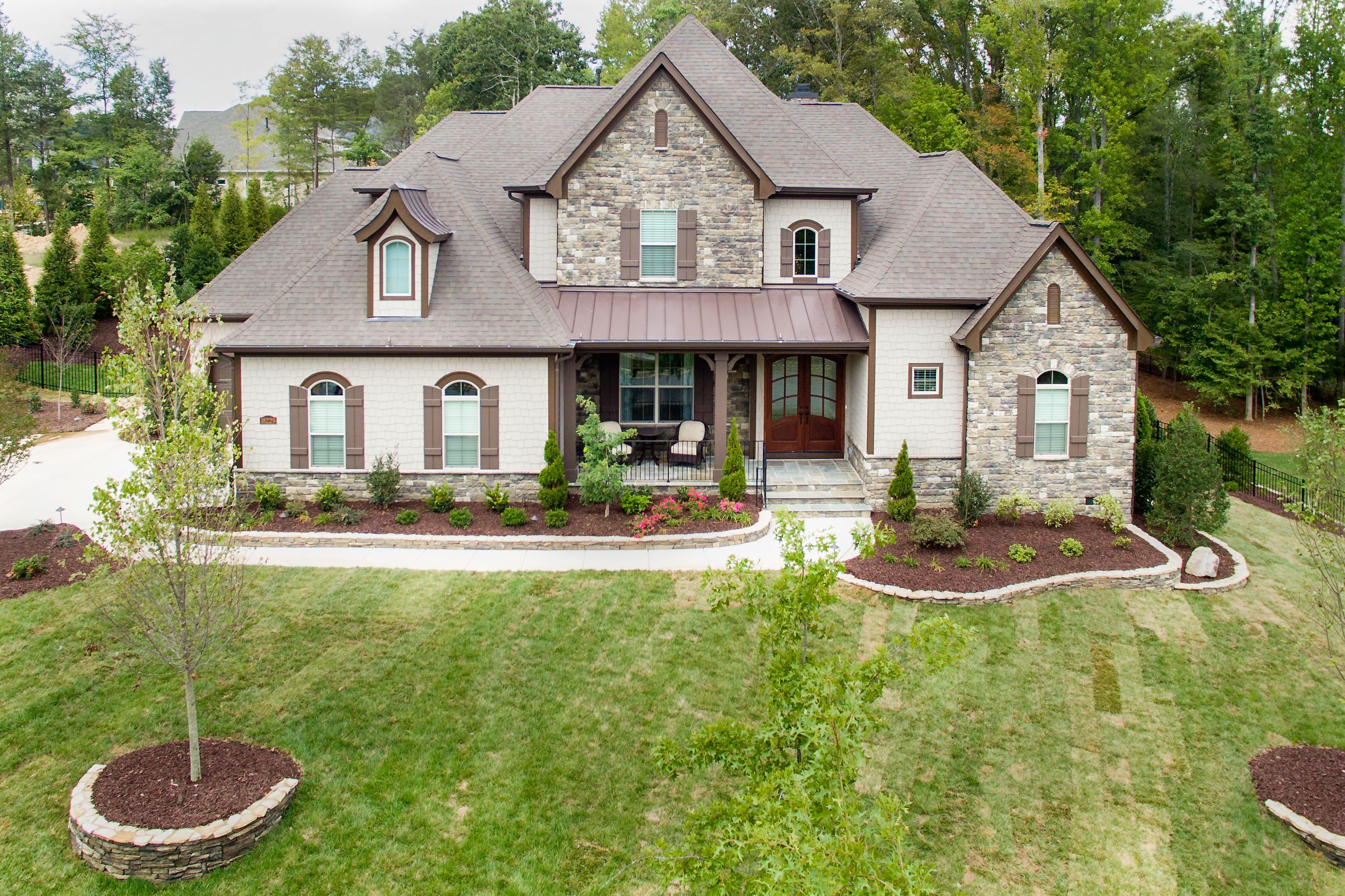 Best Arh Plan Asheville D Exterior 53 Roof Owens Corning 400 x 300