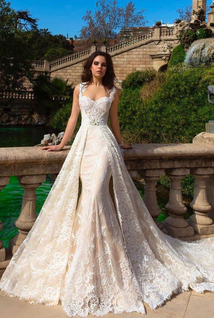 The Most Gorgeous Wedding Dress Detachable Cape