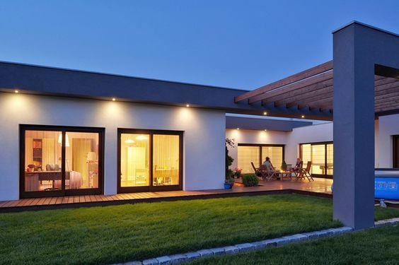Oświetlenie Zewnętrzne Domu Szukaj W Google Swiatlo In