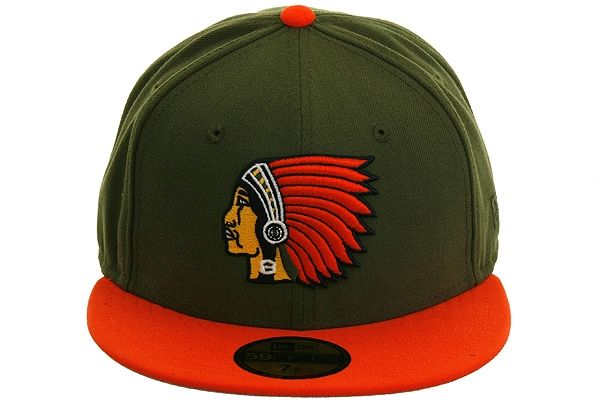 New Era 2Tone Boston Braves Fitted Hat - Olive b9083fe1fc6