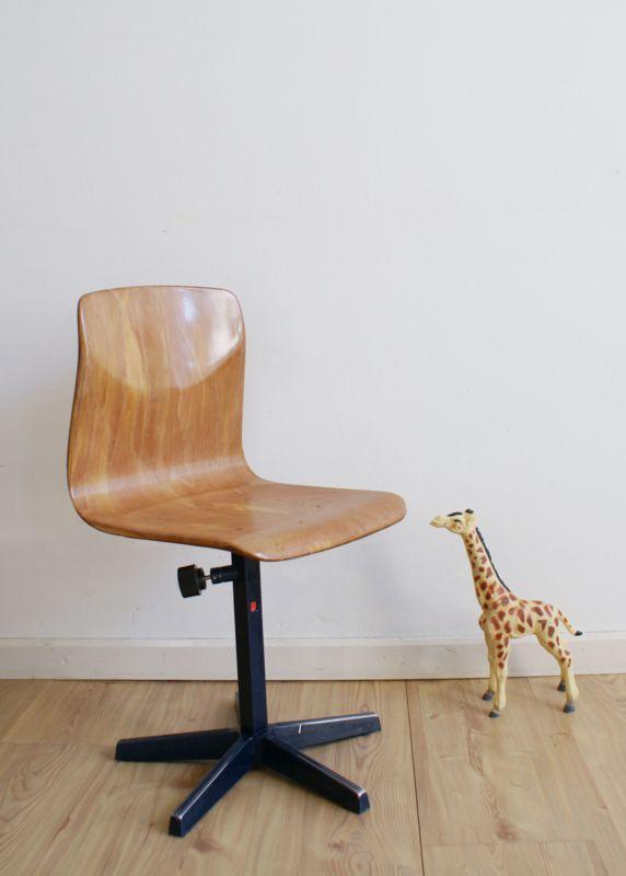 Blits retro schoolstoeltje in hoogte verstelbaar hout for Bureaustoel vintage