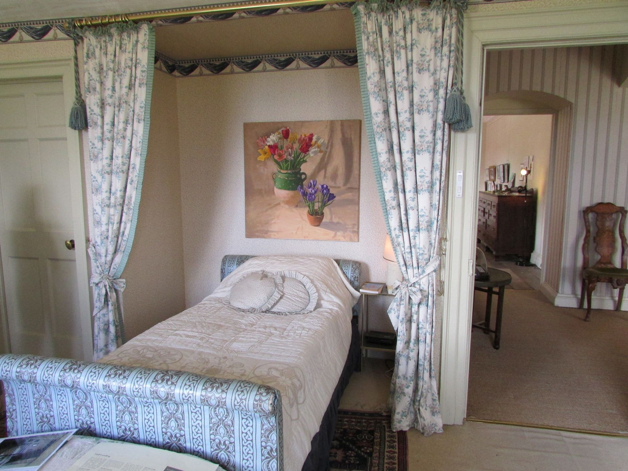 Improve Your Home Have The Desire To Make Your Own Home Feel Like New Would Like To Increase The A Bedroom Interior Bedroom Furniture