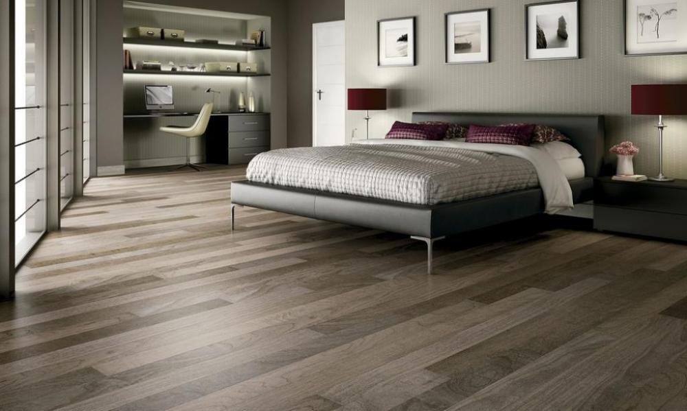 Popular Flooring Trends 2021 Colors Materials Styles And Textures Master Bedroom Flooring Ideas Bedroom Interior Grey Laminate Flooring
