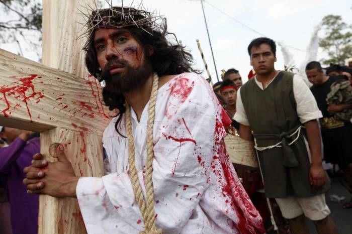 El Via Crucis #Iztapalapa es ya una tradición que atrae a miles y miles de turistas que se agolpan en las calles de este sector de #MexicoDF en fechas de Semana Santa.