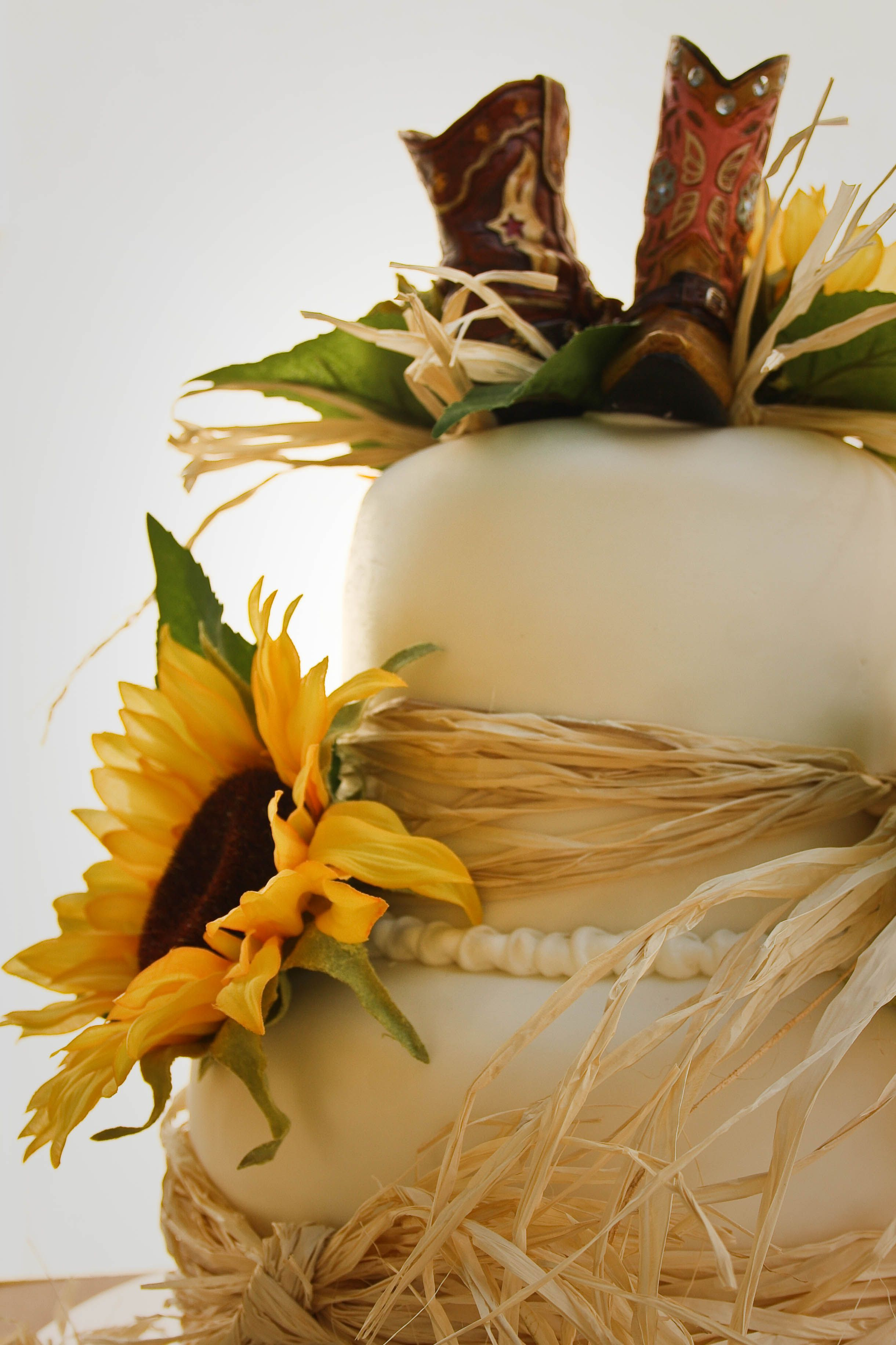Sunflower country wedding cake yes yes yes i love this