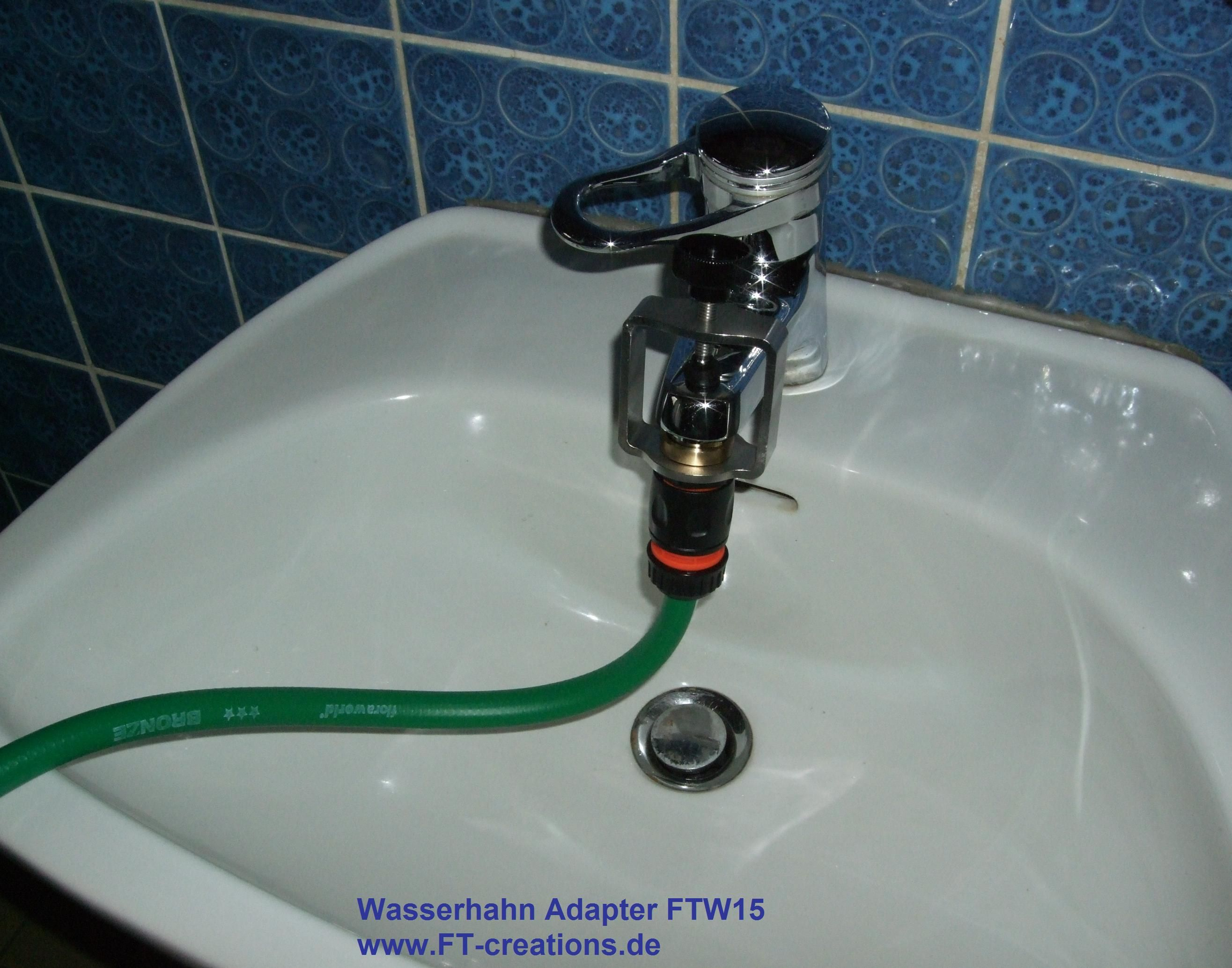 wasserhahn adapter ftw15 mit angeschlossenem garten schlauch wasserhahn adapter wasserhahn. Black Bedroom Furniture Sets. Home Design Ideas