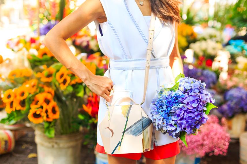 Joana Nolasco outfit with brand women bag by Vicky Uslé. Conjunto de Joana Nolasco con la marca femenina de bolsos diseñado por Vicky Uslé. #onesixonebag