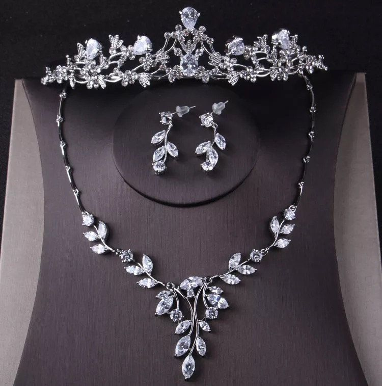 Luxury Cubic Zirconia Crown Tiara Necklace Earrings Set For Women Wedding Jewelry S In 2020 Wedding Jewelry Sets Bridal Jewellery Prom Jewelry Sets Bridal Jewelry Sets