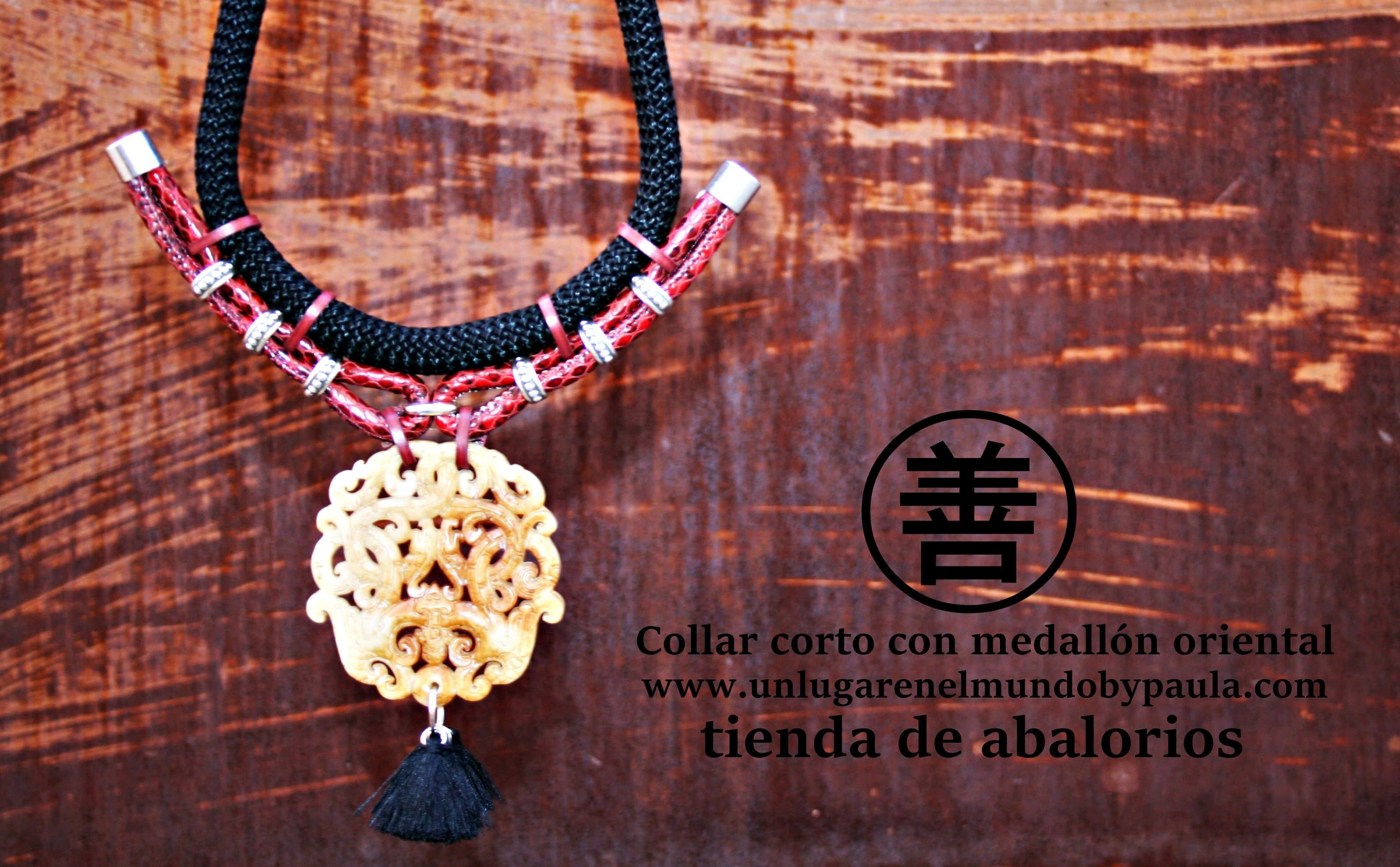 Collar corto con medallón de piedra natural. Tienda de abalorios, vendemos material, damos ideas. www.unlugarenelmundobypaula.com