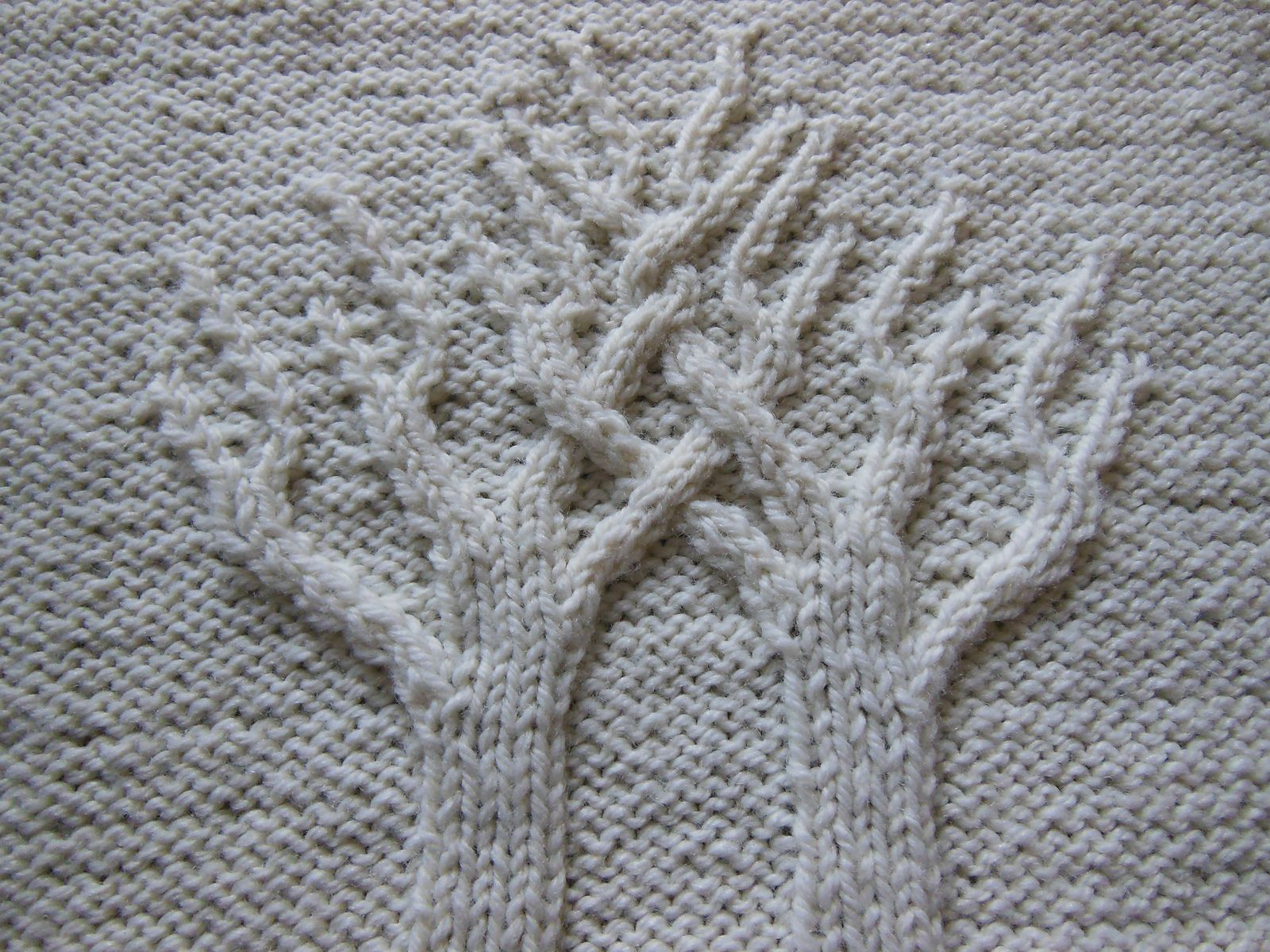 Bits and Pieces: Another Oldie: Tree of Life Afghan