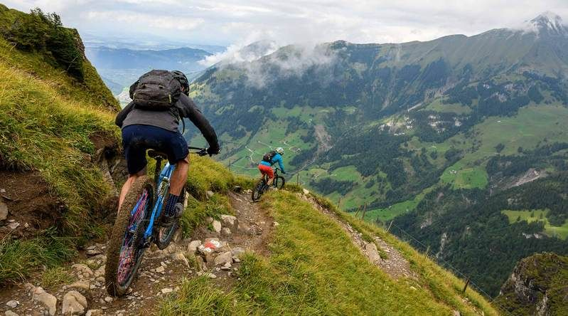 Skip the Beach: Why You Should Head to the Swiss Alps This