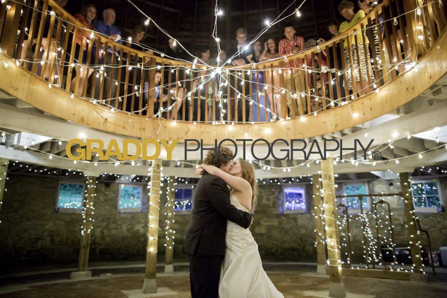 Round Barn Farm wedding covered by Graddy