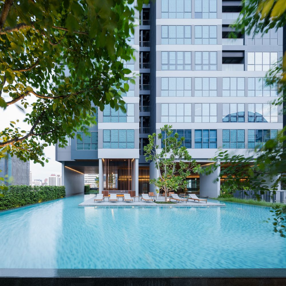 HYDE Condominium Landscape Design by Shma | Wison Tungthunya's Photography