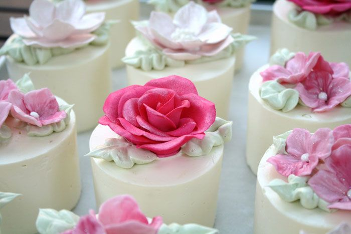 Mini Cakes On Pinterest Mini Cakes Mini Wedding Cakes