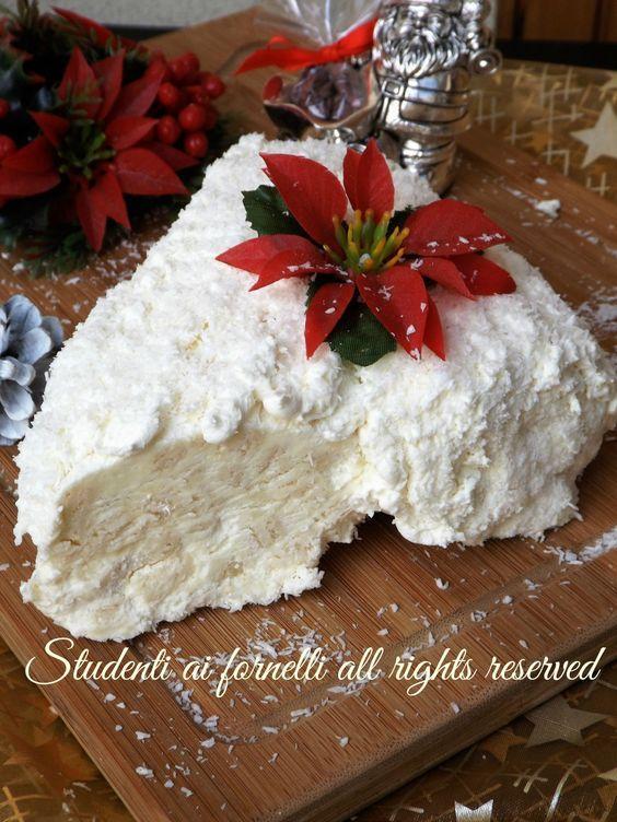 Tronchetto Bianco Di Natale.Tronchetto Ai Wafer Cocco E Cioccolato Bianco Drinks And Sweets