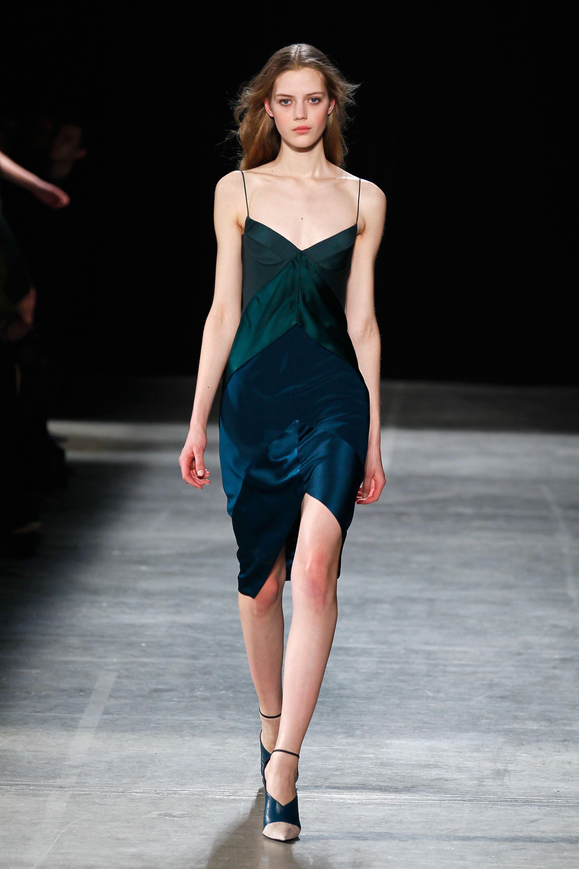 Tendance : la robe nuisette - Narciso Rodriguez. #MbyCristina