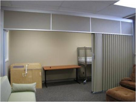 Hufcor accordion doors and accordion walls are the fastest and most economical way to organize space and insulate against distracting noises. & Accordion Doors | Hufcor. Cad downloads | Office Design Project ...