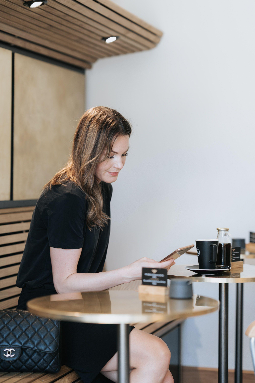 Monday List Café
