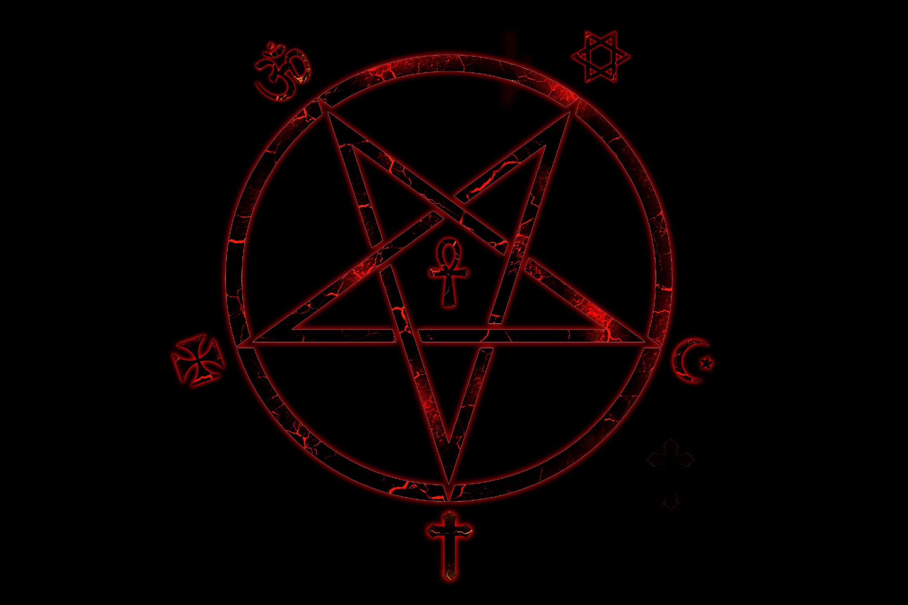 Pentagram (3000x2000)  via www.allwallpaper.in