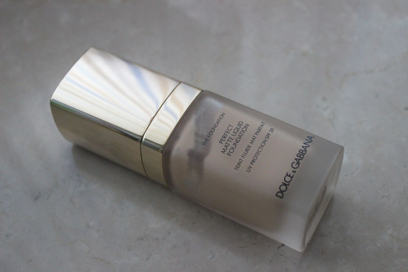 dolce-e-gabbana-perfect-matt-liquid-foundation