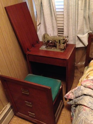 The Necchi Coronet Cabinet when Open. Thereu0027s a Huge Storage Bin under the Chair. I love these Cabinets! Necchi Sewing Machines Vintage & Necchi Sewing Machines Vintage | maquinas de coser | Pinterest ...