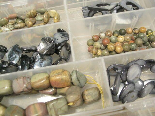 Huge lot gemstone + feature beads haematite agate pearl lampwork + storage 8kg…