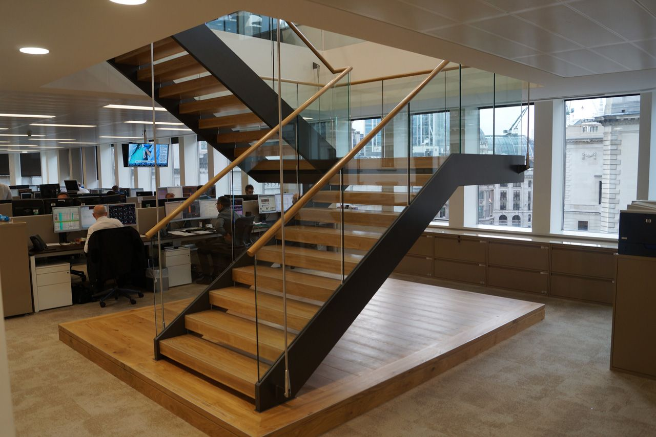 Best Straight Dog Leg Staircase With Glass Balustrading And 400 x 300