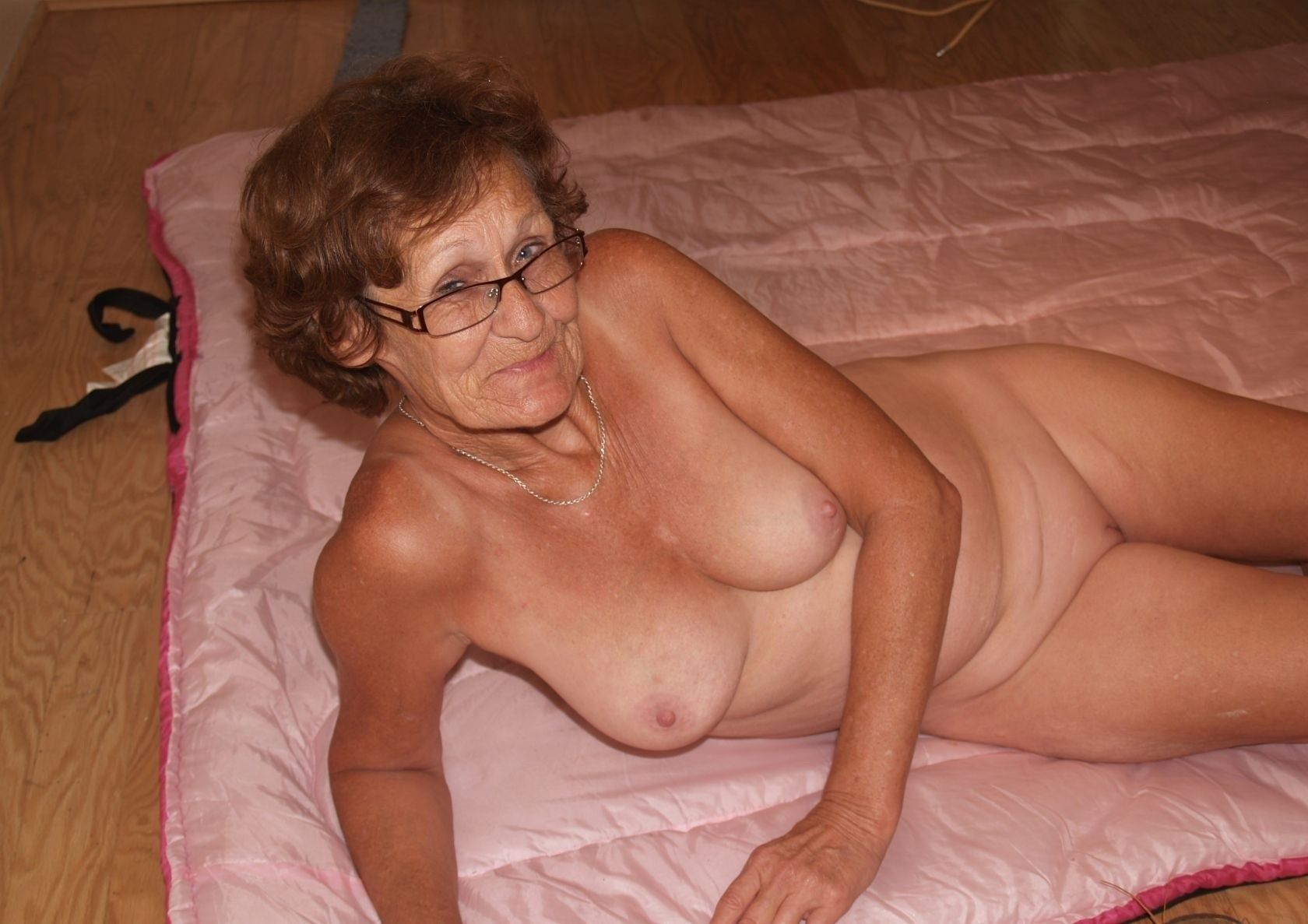 Grandma and girl galleries #8