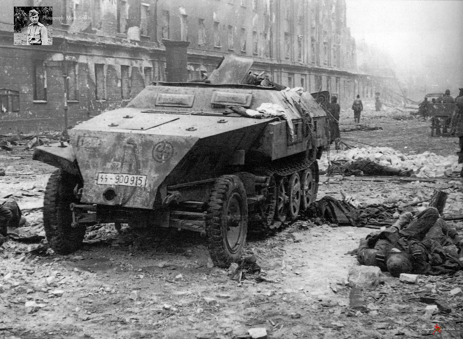 11 ss panzergrenadier div sd kfz 250 ausf b knocked out on berlin 39 s armored cars half tracks. Black Bedroom Furniture Sets. Home Design Ideas