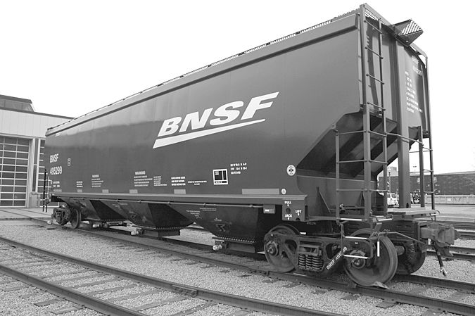 National Steel Car Covered Hoppers Freight Cars Cars Covered