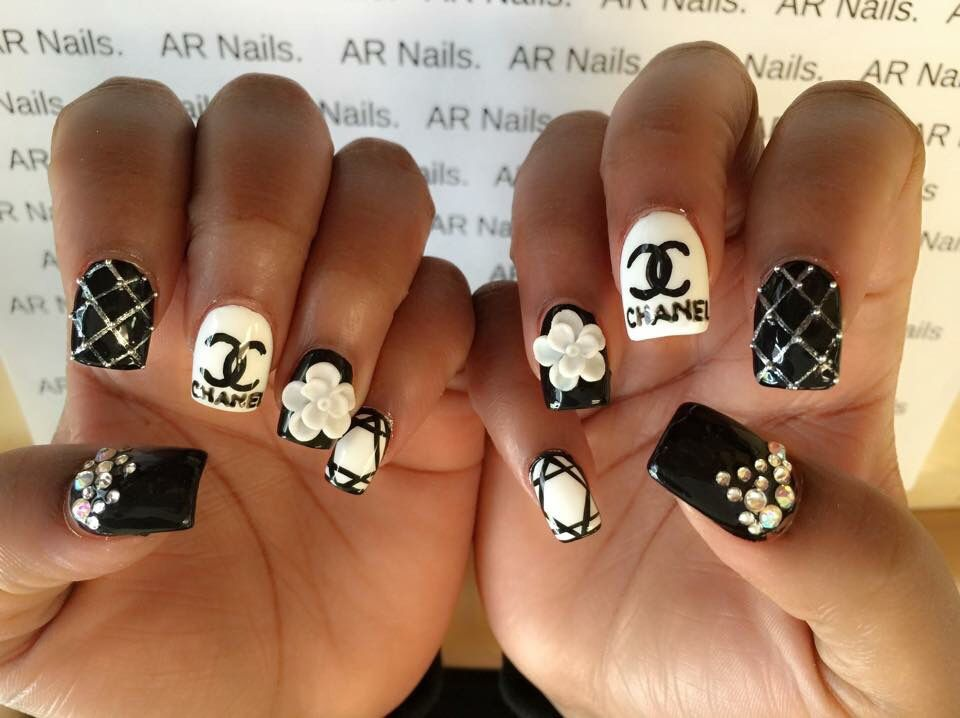 Hot Nail Art 3d Design Nails Design With Rhinestones Pinterest