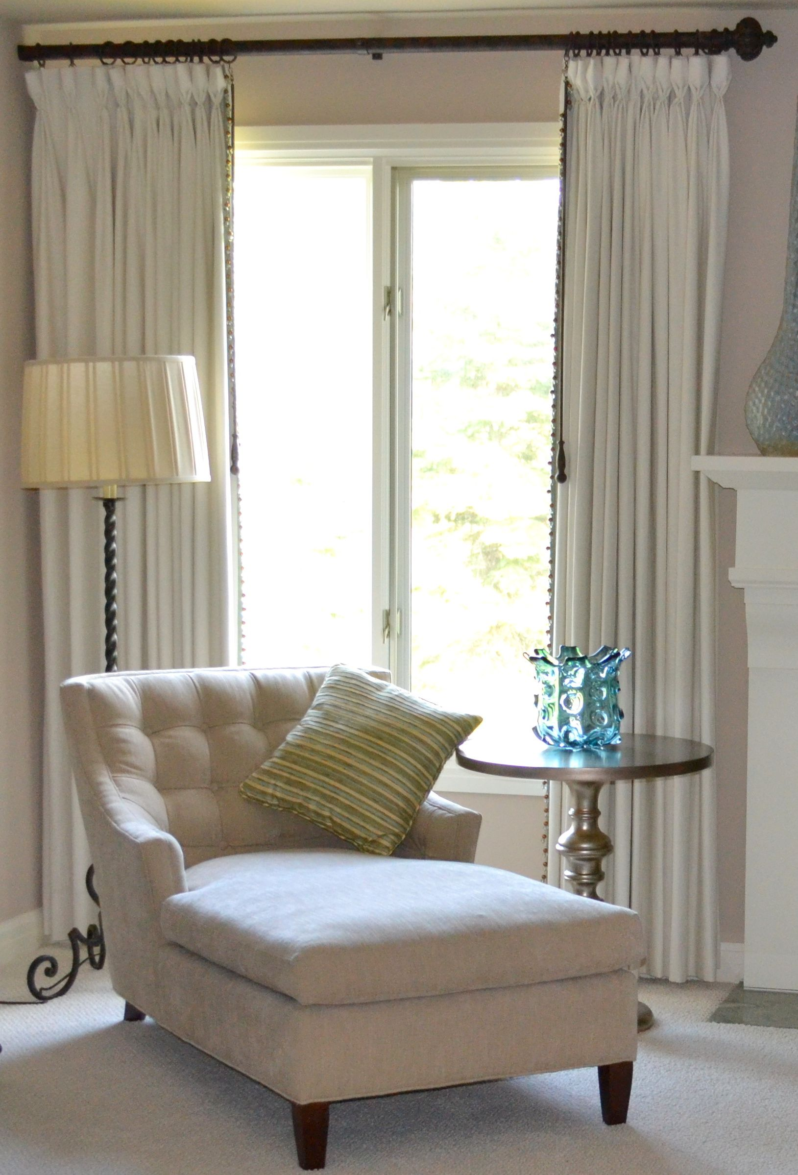 chaise chair for bedroom where to buy cushions master in front of bay window and