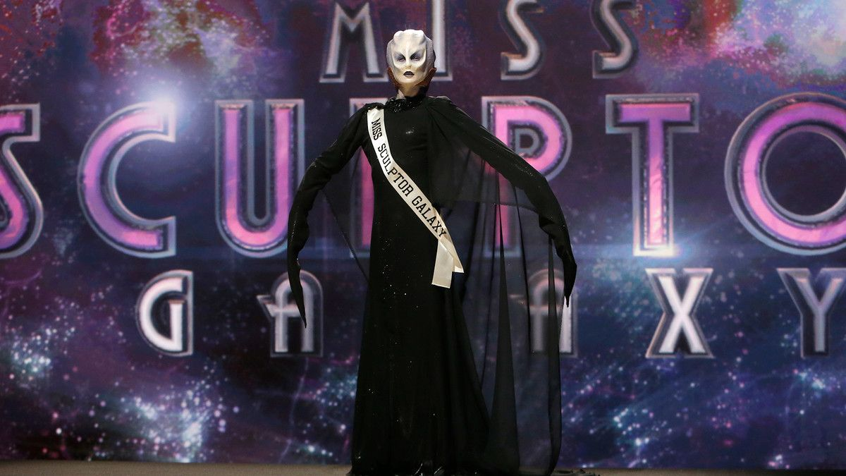 Season 8 Episode 9 Spotlight Challenge: 'Miss Intergalactic