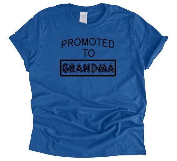 Promoted to Grandma Announcement T Shirt Gift for New Grandma's Funny Grandma Tee Pregnancy Announce #newgrandma