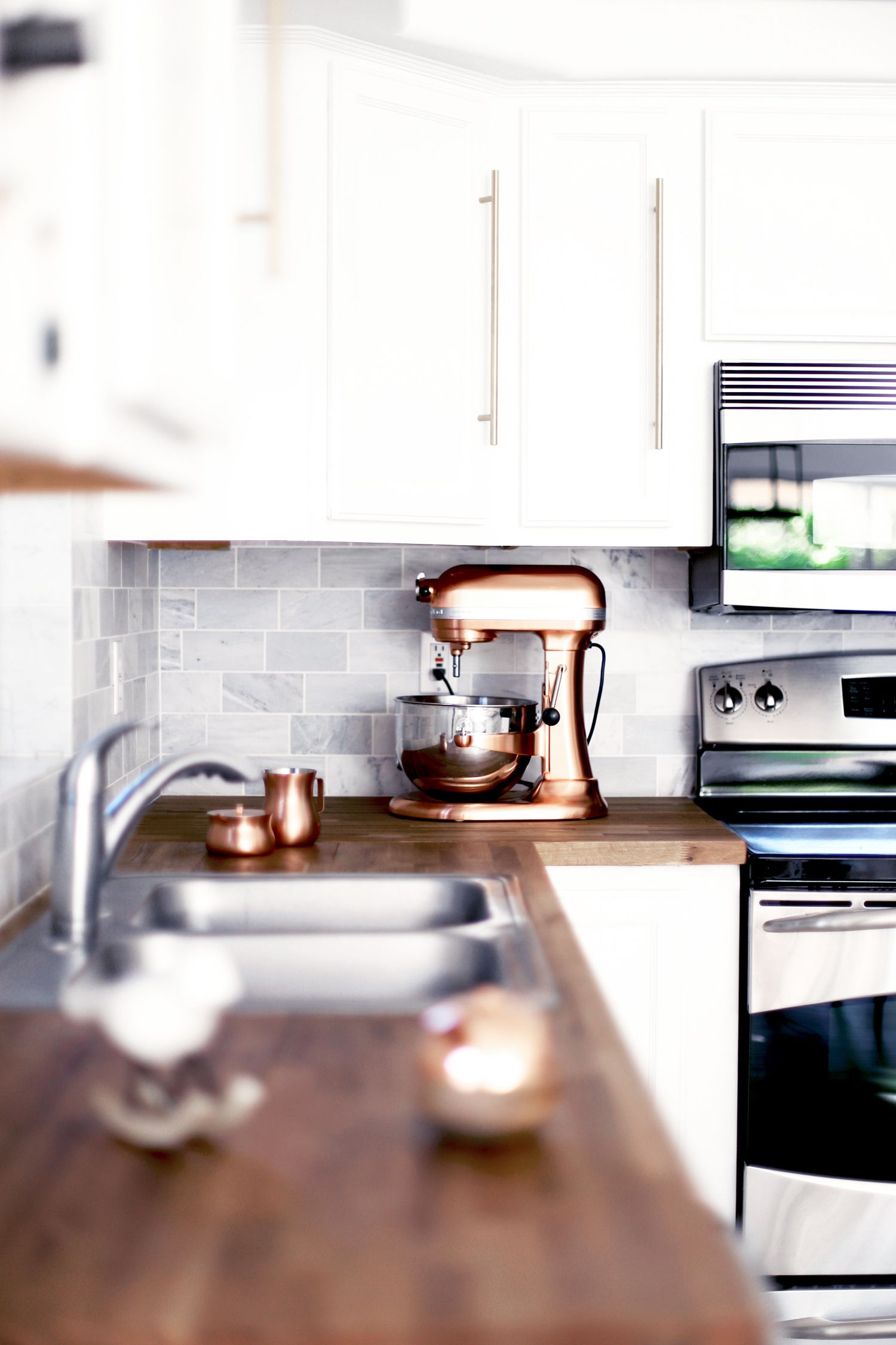 11 Mini Weekend Makeovers Anyone Can Pull Off For Cheap Kitchen