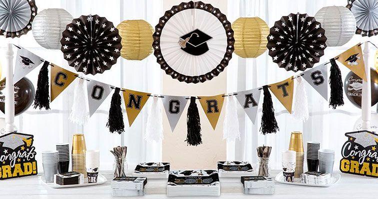 Pin de xiomara ortiz en mesa para pastel pinterest for Decoracion de licenciatura