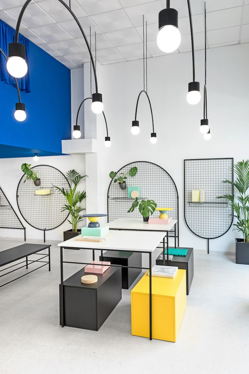 Masqueio Paints Lifestyle With Bold Block Colors Officedesign Retail Design 80s
