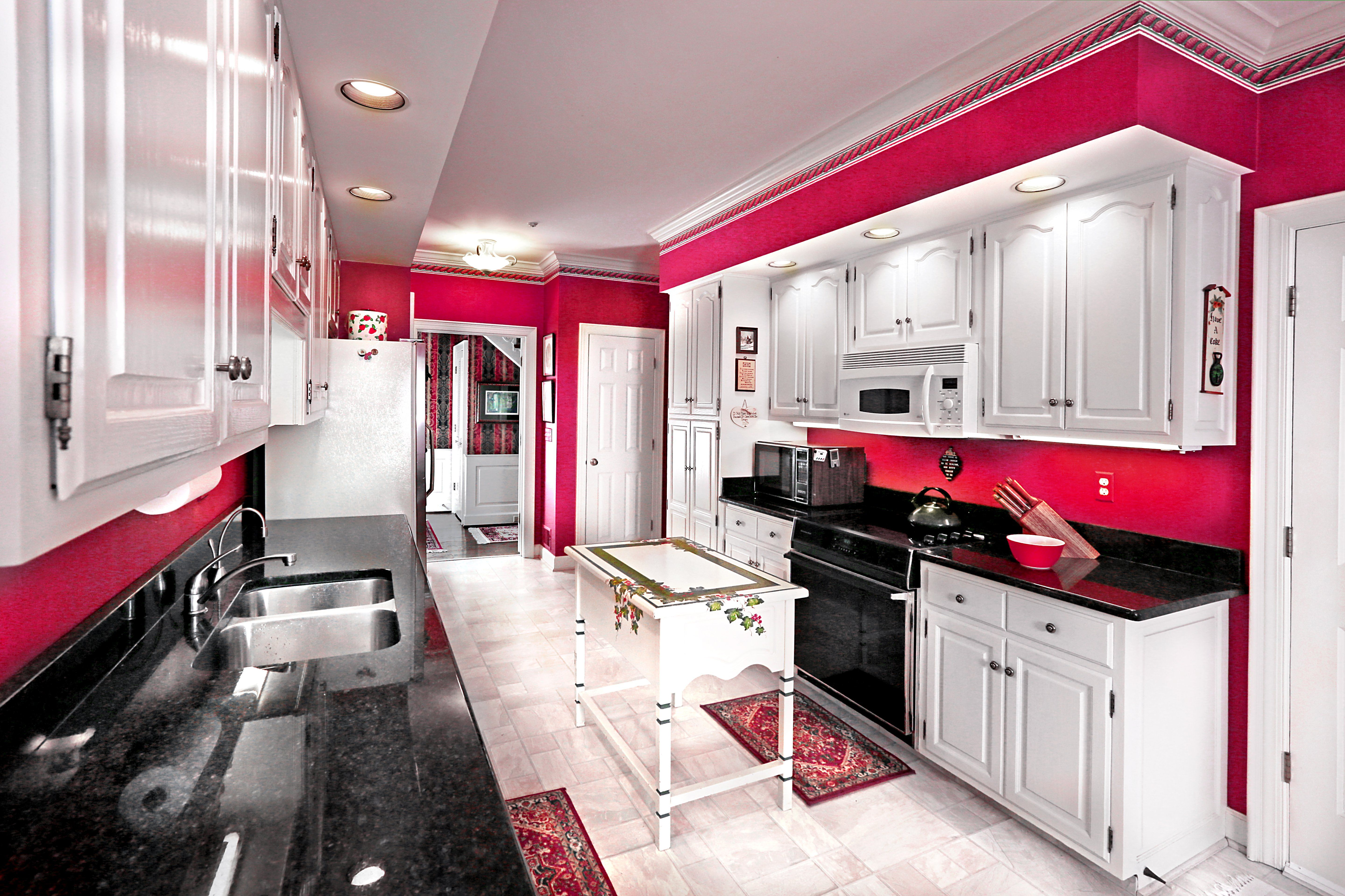 Rhythm And Hues Colorful Room Painting Ideas Red Kitchen Walls Room Colors Kitchen Inspirations